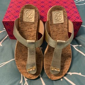 Tory Burch Sandals! Sz 8 and ready for summer! 🏝